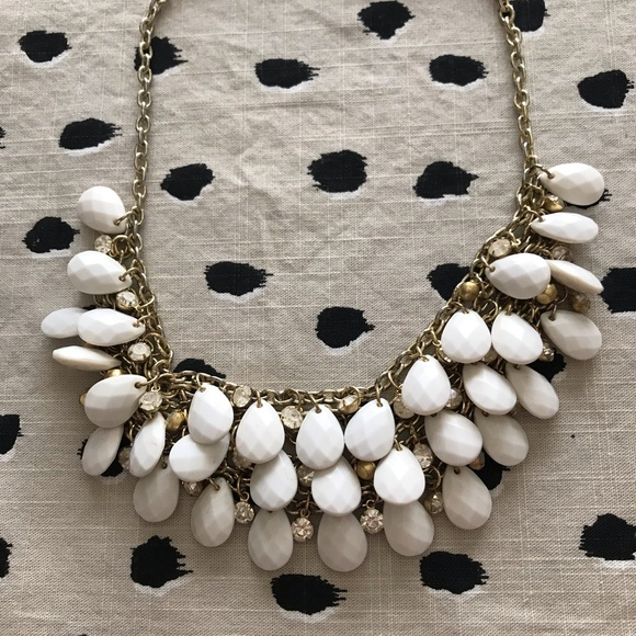 Francesca's Collections Jewelry - Fracesca's Statement Necklace